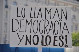 lo-llaman-democracia-y-no-lo-es